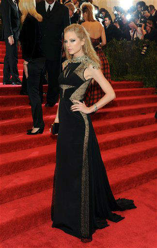 Singer Taylor Swift attends The Metropolitan Museum of Art  Costume Institute gala benefit, &#34;Punk: Chaos to Couture&#34;, on Monday, May 6, 2013 in New York. &#40;Photo by Evan Agostini&#47;Invision&#47;AP&#41; <span class=meta>(Photo&#47;Evan Agostini)</span>