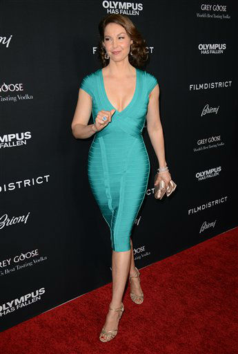 "<div class=""meta ""><span class=""caption-text "">Ashley Judd arrives at the LA premiere of ""Olympus Has Fallen"" at the ArcLight Theatre on Monday, March 18, 2013 in Los Angeles. (Photo by Jordan Strauss/Invision/AP)</span></div>"