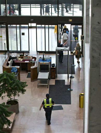 U.S. Capitol Police order people to leave the lobby of the Senate Hart Office Building on Capitol Hill in Washington, Wednesday, April 17, 2013, as a suspicious item is investigated. U.S. Capitol police are investigating the discovery of at least two suspicious envelopes in Senate office buildings across the street from the Capitol.   &#40;AP Photo&#47;J. Scott Applewhite&#41; <span class=meta>(AP Photo&#47; J. Scott Applewhite)</span>