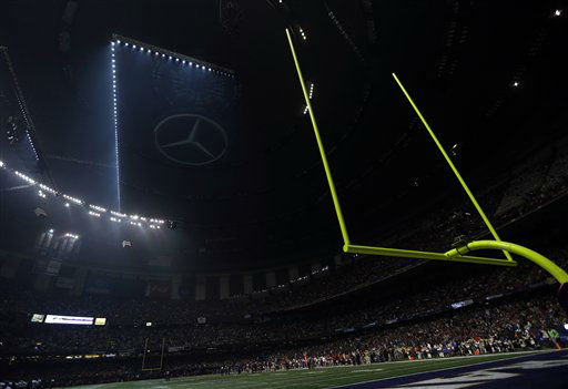 "<div class=""meta ""><span class=""caption-text "">Half the lights are out in the Superdome during a power outage in the second half of the NFL Super Bowl XLVII football game between the San Francisco 49ers and Baltimore Ravens on Sunday, Feb. 3, 2013, in New Orleans. (AP Photo/Marcio Sanchez) (AP Photo/ Marcio Sanchez)</span></div>"