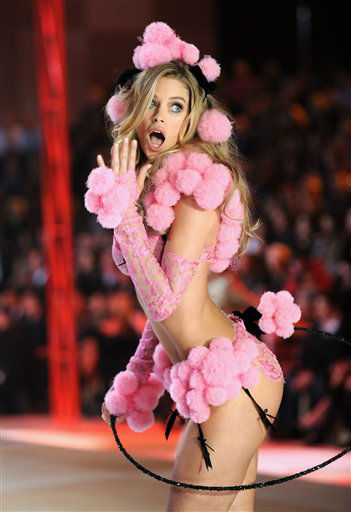 This Nov. 7, 2012 photo shows model Doutzen Kroes walking the runway during the 2012 Victoria&#39;s Secret Fashion Show in New York. The show will be Broadcast on Tuesday, Dec. 4 &#40;10:00 PM, ET&#47;PT&#41; on CBS. &#40;Photo by Evan Agostini&#47;Invision&#47;AP&#41; <span class=meta>(Photo&#47;Evan Agostini)</span>