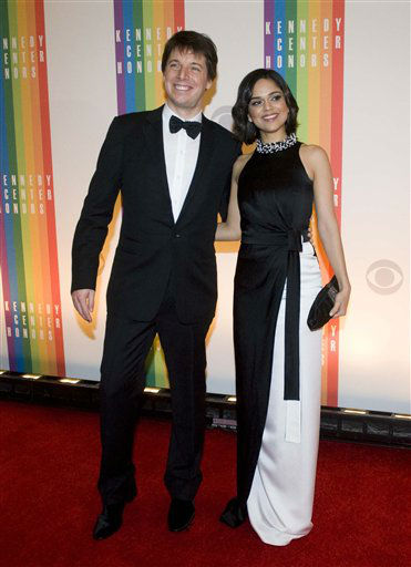 Joshua Bell and Larisa Martinez arrive at the Kennedy Center for the Performing Arts for the 2012 Kennedy Center Honors Performance and Gala Sunday, Dec. 2, 2012 at the State Department in Washington. &#40;AP Photo&#47;Kevin Wolf&#41; <span class=meta>(AP Photo&#47; Kevin Wolf)</span>
