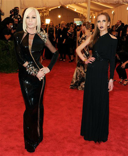 "Designer Donatella Versace and daughter Allegra Versace attend The Metropolitan Museum of Art Costume Institute gala benefit, ""Punk: Chaos to Couture"", on Monday, May 6, 2013 in New York. (Photo by Evan Agostini/Invision/AP)"