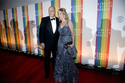 Cal Ripken and his wife, Kelly, arrive at the Kennedy Center for the Performing Arts for the 2012 Kennedy Center Honors Performance and Gala Sunday, Dec. 2, 2012 at the State Department in Washington. &#40;AP Photo&#47;Kevin Wolf&#41; <span class=meta>(AP Photo&#47; Kevin Wolf)</span>