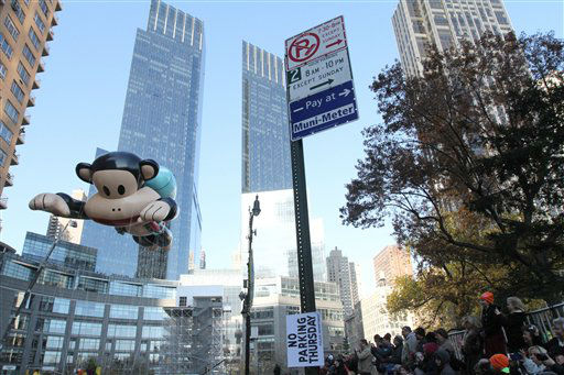 The Julius balloon moves through Columbus Circle as it participates in the 86th Annual Macy&#39;s Thanksgiving Day Parade Thursday Nov. 22, 2012, in New York. The annual Macy&#39;s Thanksgiving Day Parade put a festive mood in the air in a city still coping with the aftermath of Superstorm Sandy.  &#40;AP Photo&#47;Tina Fineberg&#41; <span class=meta>(AP Photo&#47; Tina Fineberg)</span>