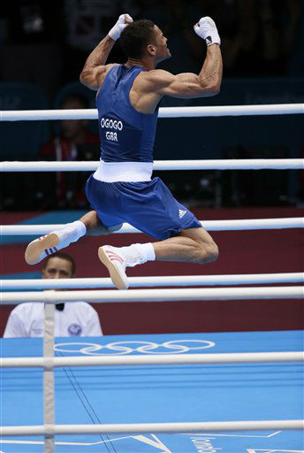 "<div class=""meta ""><span class=""caption-text "">Great Britain's Anthony Ogogo reacts after defeating Ukraine's Ievgen Khytrov in a men's middle weight 75-kg boxing match at the 2012 Summer Olympics, Thursday, Aug. 2, 2012, in London.  (AP Photo/Ivan Sekretarev) (AP Photo/ Ivan Sekretarev)</span></div>"
