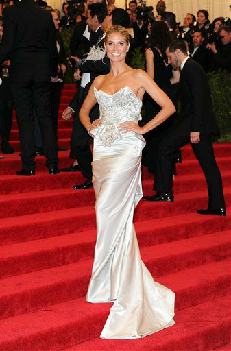 Heidi Klum attends The Metropolitan Museum of Art  Costume Institute gala benefit, &#34;Punk: Chaos to Couture&#34;, on Monday, May 6, 2013 in New York. &#40;Photo by Evan Agostini&#47;Invision&#47;AP&#41; <span class=meta>(Photo&#47;Evan Agostini)</span>