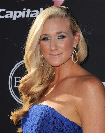 Volleyball player Kerri Walsh arrives at the ESPY Awards on Wednesday, July 17, 2013, at Nokia Theater in Los Angeles. &#40;Photo by Jordan Strauss&#47;Invision&#47;AP&#41; <span class=meta>(Photo&#47;Jordan Strauss)</span>