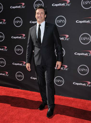 Jon Hamm arrives at the ESPY Awards on Wednesday, July 17, 2013, at Nokia Theater in Los Angeles. &#40;Photo by Jordan Strauss&#47;Invision&#47;AP&#41; <span class=meta>(Photo&#47;Jordan Strauss)</span>