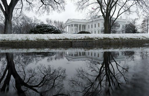 A spring snowstorm covers the North Lawn of the White House in Washington, Monday, March 25, 2013. &#40;AP Photo&#47;Susan Walsh&#41; <span class=meta>(AP Photo&#47; Susan Walsh)</span>