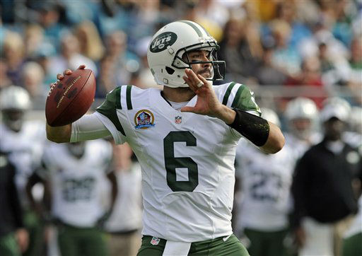 New York Jets quarterback Mark Sanchez throws a pass against the Jacksonville Jaguars during the first half of an NFL football game, Sunday, Dec. 9, 2012, in Jacksonville, Fla. &#40;AP Photo&#47;Stephen Morton&#41; <span class=meta>(AP Photo&#47; Stephen Morton)</span>