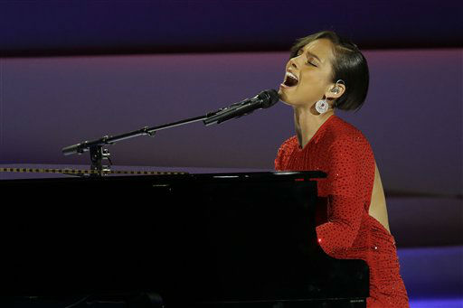 CORRECTS SPELLING TO ALICIA NOT ALICA- Alicia Keys performs during Inaugural Ball in the Washington Convention Center at the 57th Presidential Inauguration in Washington, Monday, Jan. 21, 2013. &#40;AP Photo&#47;Paul Sancya&#41; <span class=meta>(AP Photo&#47; Paul Sancya)</span>