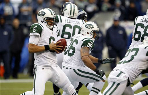 New York Jets quarterback Mark Sanchez &#40;6&#41; scrambles with the ball during second half of an NFL football game against the Seattle Seahawks, Sunday, Nov. 11, 2012, in Seattle. The Seahawks won 28-7. &#40;AP Photo&#47;Elaine Thompson&#41; <span class=meta>(AP Photo&#47; Elaine Thompson)</span>