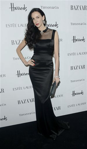 L&#39;Wren Scott is seen at the Harper&#39;s Bazaar Woman of the Year Awards 2012 in association with Est&#233;e Lauder, Harrods and Tiffany &amp; Co. at Claridge&#39;s Hotel on Wednesday, Oct. 31, 2012 in London. &#40;Photo by Jon Furniss&#47;Invision for Harper&#39;s Bazaar&#41; <span class=meta>(Photo&#47;Jon Furniss)</span>