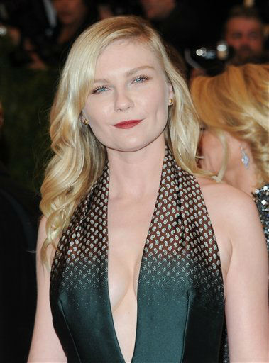 "Kirsten Dunst attend The Metropolitan Museum of Art Costume Institute gala benefit, ""Punk: Chaos to Couture"", on Monday, May 6, 2013 in New York. (Photo by Evan Agostini/Invision/AP)"