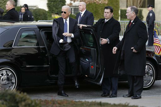 "<div class=""meta ""><span class=""caption-text "">Vice President Joe Biden pulls off his scarf as he arrives at St. John's Church in Washington, Monday, Jan. 21, 2013, for a church service during the 57th Presidential Inauguration. (AP Photo/Jacquelyn Martin) (AP Photo/ Jacquelyn Martin)</span></div>"