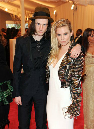 Sienna Miller and her fiance Tom Sturridge attend The Metropolitan Museum of Art  Costume Institute gala benefit, &#34;Punk: Chaos to Couture&#34;, on Monday, May 6, 2013 in New York. &#40;Photo by Evan Agostini&#47;Invision&#47;AP&#41; <span class=meta>(Photo&#47;Evan Agostini)</span>