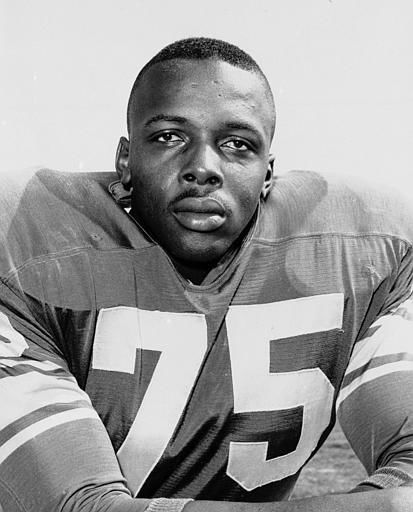 "<div class=""meta ""><span class=""caption-text "">David ""Deacon"" Jones of the Los Angeles Rams is seen Dec. 1, 1963.  (AP Photo) (AP Photo/ XMB)</span></div>"