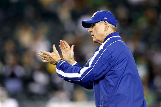 New York Giants head coach Tom Coughlin reacts during the first half of an NFL football game against the Philadelphia Eagles Sunday, Sept. 30, 2012, in Philadelphia. &#40;AP Photo&#47;Mel Evans&#41; <span class=meta>(AP Photo&#47; Mel Evans)</span>