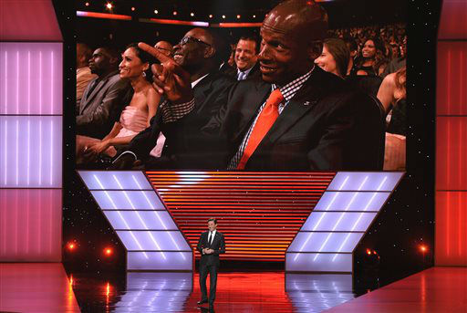Jon Hamm speaks on stage at the ESPY Awards on Wednesday, July 17, 2013, at Nokia Theater in Los Angeles. NBA player Ray Allen is seen on the screen. &#40;Photo by John Shearer&#47;Invision&#47;AP&#41; <span class=meta>(Photo&#47;John Shearer)</span>