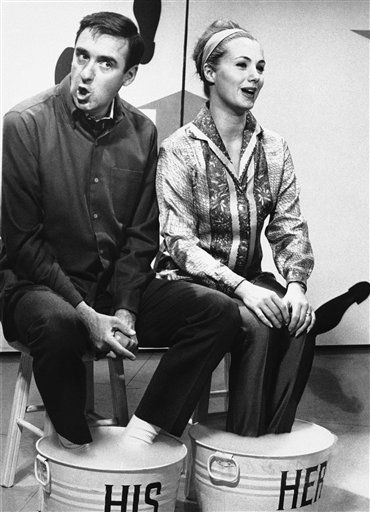 Jim Nabors has his friend, actress-singer Shirley Jones in character on Sept. 30, 1966 as one of his guests his first starring special, ?Friends and Nabors. &#40;AP Photo&#41; <span class=meta>(AP Photo&#47; Anonymous)</span>