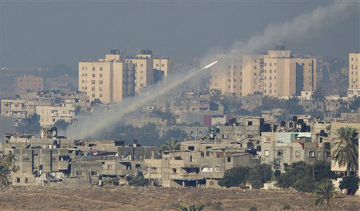 A rocket launched by Palestinian militants towards Israel makes its way from the northern Gaza Strip, seen from the Israel Gaza Border, southern Israel, Thursday, Nov. 15, 2012. &#40;AP Photo&#47;Ariel Schalit&#41; <span class=meta>(AP Photo&#47; Ariel Schalit)</span>