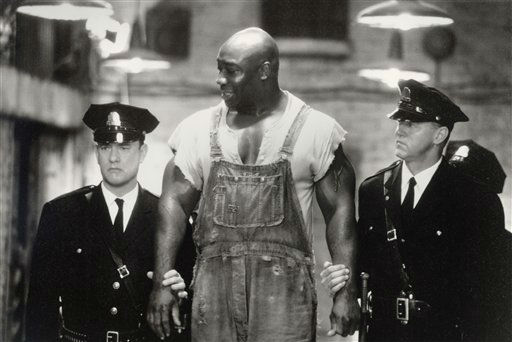 This undated image provided by Warner Bros. shows Tom Hanks, left, Michael Clarke Duncan, center, and David Morse in &#34;The Green Mile.&#34; Duncan has died at the age of 54 on Monday, Sept. 3, 2012 in a Los Angeles hospital after nearly two months of treatment following a July 13, 2012 heart attack, his fiancee, the Rev. Omarosa Manigault, said. &#40;AP Photo&#47;Warner Bros., Ralph Nelson&#41; <span class=meta>(AP Photo&#47; Ralph Nelson)</span>