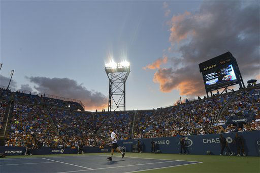 Andy Murray of Great Britain jogs off the court during a break between sets while playing Marin Cilic of Croatia in the quarterfinals of the 2012 US Open tennis tournament, Wednesday, Sept. 5, 2012, in New York. &#40;AP Photo&#47;Henny Ray Abrams&#41; <span class=meta>(AP Photo&#47; Henny Ray Abrams)</span>