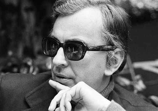 "<div class=""meta ""><span class=""caption-text "">Author Gore Vidal tosses barbs in all directions as he discusses Hollywood unions, politics, lecturing and publicizing books during at Los Angeles interview, on Dec. 9, 1974. (AP Photo/GB) (AP Photo/ GB)</span></div>"