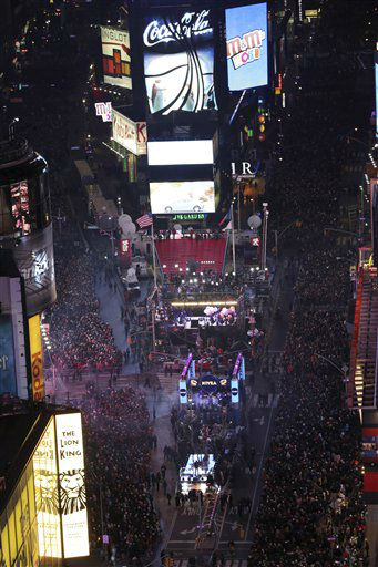 Crowds pack into Times Square during the annual New Year&#39;s celebration, Monday, Dec. 31, 2012 in New York. &#40;AP Photo&#47;Mary Altaffer&#41; <span class=meta>(AP Photo&#47; Mary Altaffer)</span>