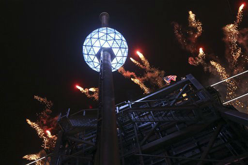 The fireworks explode as the Waterford crystal ball is raised at the beginning of Times Square New Year&#39;s celebration, Monday, Dec. 31, 2012 in New York. &#40;AP Photo&#47;Mary Altaffer&#41; <span class=meta>(AP Photo&#47; Mary Altaffer)</span>