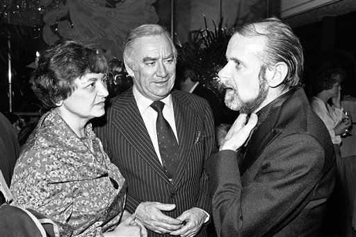 "<div class=""meta ""><span class=""caption-text "">Lt. Gov. Mary Ann Krupsak, Gov. Hugh Carey and Bob Fosse at a Tavern-on-the-Green party in New York on March 27, 1978. (AP Photo/Richard Drew) (Photo/Richard Drew)</span></div>"