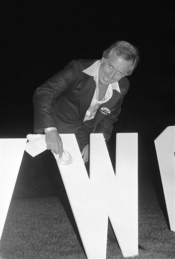 Singer Andy Williams dusts off replica of the letter ?W? in the ?Hollywood? sign which sits on a hillside in the Ho Hills overlooking Hollywood, Los Angeles, Thursday, June 30, 1978. Williams donated enough money to rebuild the letter ?W? the sign at a star-studded ?Save the Hollywood Sign? fund-raiser part the Playboy Mansion in Los Angeles. The sign, which has been falling down over the few years, will cost over &#36;200,000 to replace. &#40;AP Photo&#47;McLendon&#41; <span class=meta>(AP Photo&#47; McLendon)</span>