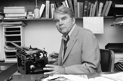 FILE - In this August 1978 file photo, CBS News producer and correspondent Andrew Rooney poses for photos in his New York office. Former &#34;60 Minutes&#34; commentator Andy Rooney died on November 5, 2011, about six weeks after retiring, at age 92. &#40;AP Photo&#47;Carlos Rene Perez, File&#41; <span class=meta>(AP Photo&#47; Rene Perez)</span>