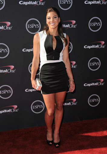 Soccer player Hope Solo arrives at the ESPY Awards on Wednesday, July 17, 2013, at Nokia Theater in Los Angeles. &#40;Photo by Jordan Strauss&#47;Invision&#47;AP&#41; <span class=meta>(Photo&#47;Jordan Strauss)</span>
