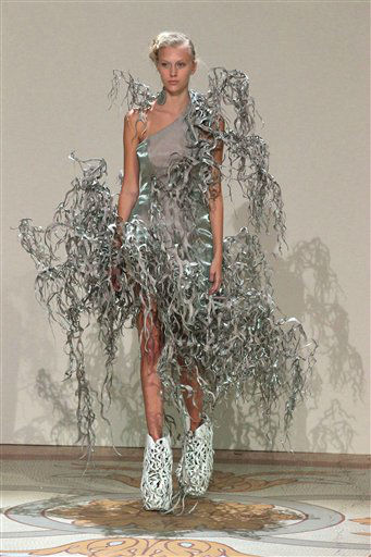 A model wears a creation of Dutch designer Iris van Herpen for the Haute Couture Fall-Winter 2013-2014 collection, Monday, July 1, 2013 in Paris. &#40;AP Photo&#47;Michel Euler&#41; <span class=meta>(AP Photo&#47; Michel Euler)</span>
