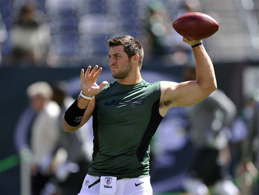 New York Jets quarterback Tim Tebow works out before an NFL football game between the New York Jets and the Buffalo Bills at MetLife Stadium Sunday, Sept. 9, 2012, in East Rutherford, N.J. &#40;AP Photo&#47;Bill Kostroun&#41; <span class=meta>(AP Photo&#47; Bill Kostroun)</span>