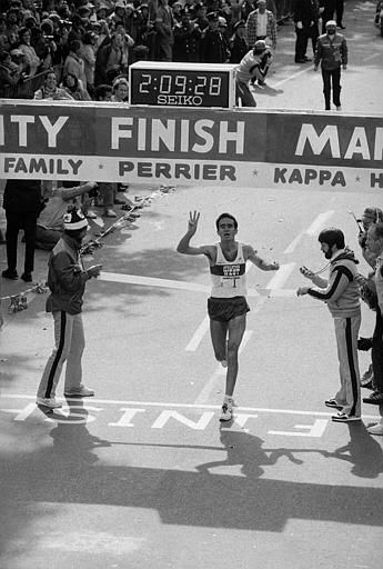 Alberto Salazar sticks up three fingers to indicate his third consecutive victory as he crosses the finish line of the annual New York City Marathon Sunday, Oct. 24, 1982 in New York&#39;s Central Park. Salazar finished in 2 hours, 9 minutes and 29 seconds, more than a minute slower than last year&#39;s time of 2:08:13. &#40;AP Photo&#47;Suzanne Vlamis&#41; <span class=meta>(AP Photo&#47; SUZANNE VLAMIS)</span>