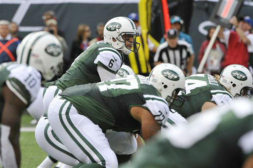 New York Jets&#39; Mark Sanchez &#40;6&#41; calls out to his team during the first half of an NFL football game against the San Francisco 49ers Sunday, Sept. 30, 2012, in East Rutherford, N.J. &#40;AP Photo&#47;Bill Kostroun&#41; <span class=meta>(AP Photo&#47; Bill Kostroun)</span>