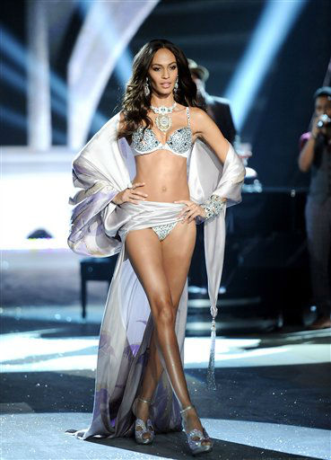"<div class=""meta image-caption""><div class=""origin-logo origin-image ""><span></span></div><span class=""caption-text"">A model walks the runway during the 2012 Victoria's Secret Fashion Show on Wednesday Nov. 7, 2012 in New York. The show will be Broadcast on Tuesday, Dec. 4 (10:00 PM, ET/PT) on CBS. (Photo by Evan Agostini/Invision/AP) </span></div>"