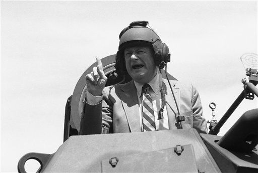 "<div class=""meta ""><span class=""caption-text "">New York's Mayor Ed Koch pops through the hatchway of a Bradley Infantry vehicle on display at the Intrepid Sea-Air-Space Museum in New York on Saturday, May 18, 1985.    Koch was attending ceremonies in honor of Armed Forces Day and was made Commander of New York' s ""Armed Forces."" (AP Photo/Richard Drew) (AP Photo/ Richard Drew)</span></div>"