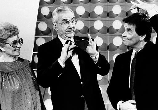 Late comedian Stan Laurel&#39;s daughter, Lois Laurel Hawes &#40;left&#41;, smiles while Ed McMahon &#40;center&#41; imitates Oliver Hardy and Dick Clark &#40;right&#41; portrays her dad during the taping of NBC-TV&#39;s Bloopers &amp; Practical Jokes in Hollywood, Calif., November 4, 1985. The show will air Monday, Nov. 11. This will be Mrs. Hawes first appearance on TV. She will be showing home movies made by her father. &#40;AP Photo&#47;NBC-TV&#41; <span class=meta>(AP Photo&#47; Anonymous)</span>