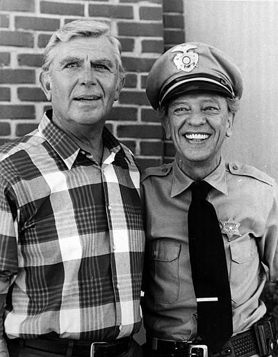 Andy Griffith and Don Knotts posing in a 1986 photo.  &#40;AP Photo&#41; <span class=meta>(AP Photo&#47; Anonymous)</span>