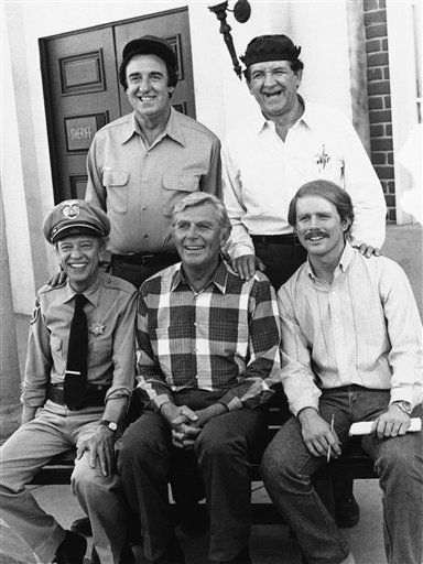 Jim Nabors &#40;top left&#41; in character on Jan. 9, 1987, George Lindsey &#40;top right&#41;, five-time Emmy winner Don Knotts &#40;bottom left&#41;, Andy Griffith &#40;bottom center&#41; and Ron Howard reprise their roles from the popular series ?The Andy Griffith Show? in ?Return to Mayberry,? a comedy film that finds Andy Taylor &#40;Griffith&#41; returning to Mayberry to run again for sheriff, only to discover his former deputy Barney Fife &#40;Knotts&#41; has also entered the race. . &#40;AP Photo&#41; <span class=meta>(AP Photo&#47; Anonymous)</span>