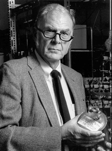 "<div class=""meta image-caption""><div class=""origin-logo origin-image ""><span></span></div><span class=""caption-text"">FILE - This 1989 photo provided by the University of California Irvine shows F. Sherwood Rowland, one of three chemists who shared the 1995 Nobel Prize for chemistry for discovering that a byproduct of aerosol sprays, deodorants and other consumer products could destroy the earth?s atmospheric blanket. Rowland died at his Corona Del Mar, Calif. home on Saturday, March 10, 2012.  He was 84. (AP Photo/University of California Irvine, File) (AP Photo/ Anonymous)</span></div>"