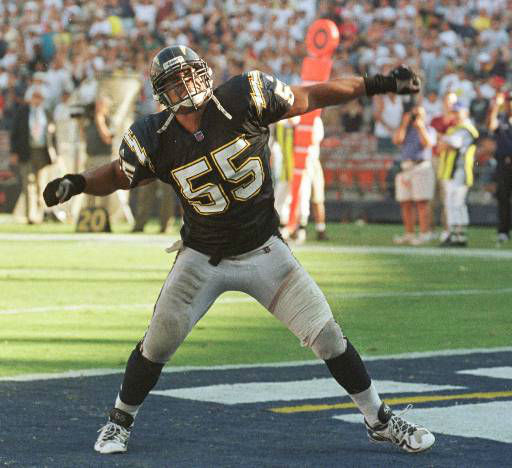 San Diego Chargers&#39; Junior Seau celebrates after breaking up a last-minute fourth-quarter pass against the Kansas City Chiefs  during the Chargers 21-14 victory, Sunday, Oct. 3, 1999, in San Diego. &#40;AP Photo&#47;Lenny Ignelzi&#41; <span class=meta>(AP Photo&#47; DENIS POROY)</span>