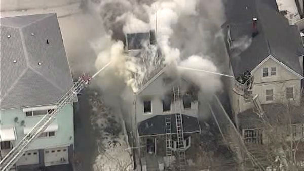 "<div class=""meta image-caption""><div class=""origin-logo origin-image ""><span></span></div><span class=""caption-text"">A two-alarm fire erupted in Mount Vernon late Tuesday morning </span></div>"