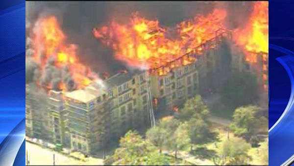 "<div class=""meta image-caption""><div class=""origin-logo origin-image ""><span></span></div><span class=""caption-text"">A massive inferno engulfed a building in the Houston area of Texas.</span></div>"