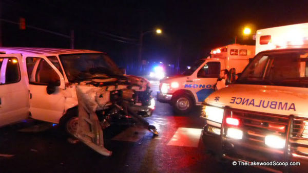 "<div class=""meta ""><span class=""caption-text "">Several people were injured when two vehicles collided in Lakewood, New Jersey on Tuesday night. (Photo/TheLakewoodScoop.com)</span></div>"
