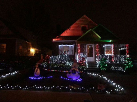 Enjoy these pictures sent in by Eyewitness News viewers of holiday light displays in the tri-state area. <span class=meta>(WABC Photo)</span>